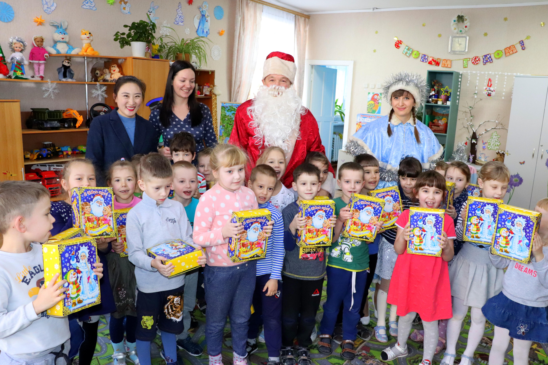 Счастливого детства ребятишкам в Новом году!!!